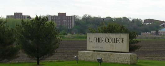 Luther sign on hwy 52