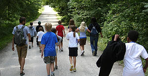 "Lutherlag kids on a hike.<a href=""/reason/images/285710_orig.jpg"" title=""High res"">∝</a>"