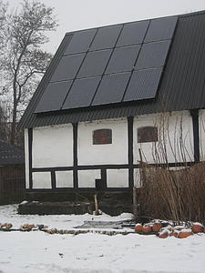 Solar panels on Erik Anderson's barn roof.