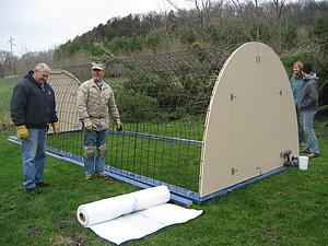 "Hoop House construction<a href=""/reason/images/329986_orig.jpg"" title=""High res"">∝</a>"