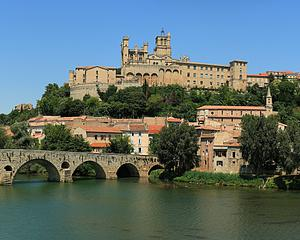 Cathedrale of Bèziers, by Sanchezn, from Wikimedia Commons