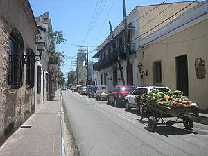 "Calle Las Mercedes Zona Colonial, Dominican Republic; by Papelon, from Wikimedia Commons<a href=""/reason/images/338565_orig.jpg"" title=""High res"">∝</a>"