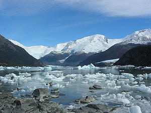"Glacier Onelli, Argentina; by Remi Jouan, from Wikimedia Commons<a href=""/reason/images/338567_orig.jpg"" title=""High res"">∝</a>"