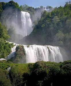 "Cascate della marmore; by Zumzum, from Wikimedia Commons<a href=""/reason/images/340108_orig.jpg"" title=""High res"">∝</a>"