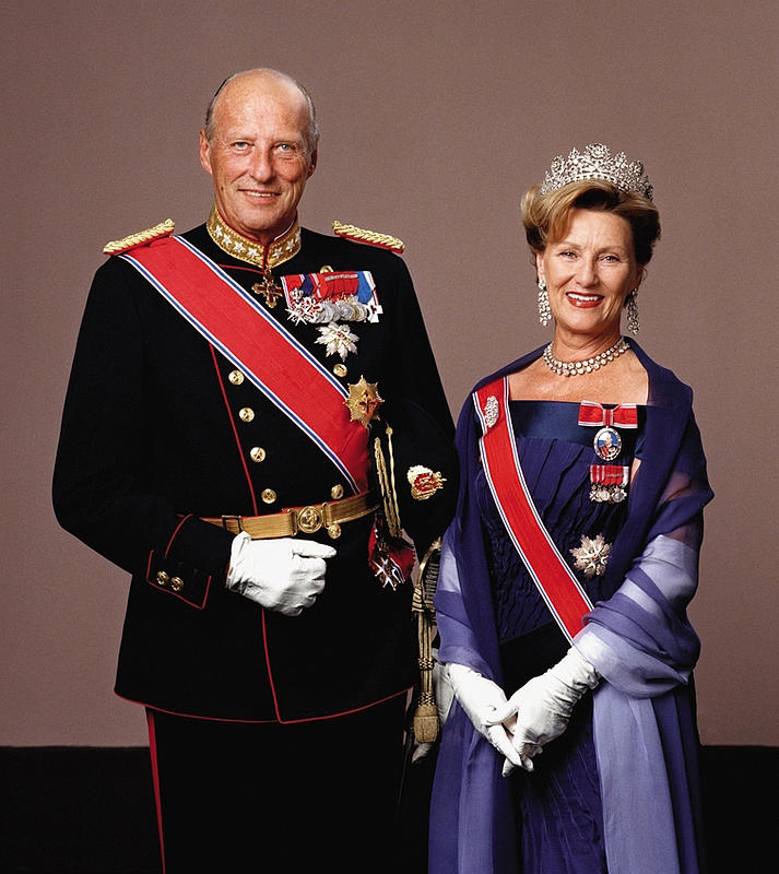 King And Queen Of Norway http://www.luther.edu/headlines/?story_id=342541