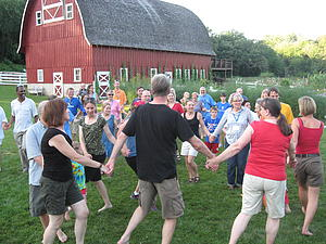"Country Dance at Seed Savers farm.<a href=""/reason/images/368543_orig.jpg"" title=""High res"">∝</a>"