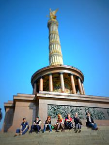 "Victory Column in Berlin<a href=""/reason/images/393175_orig.jpg"" title=""High res"">∝</a>"