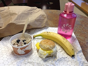 Grab-and-Go Breakfast! Omnomnomnomnom!