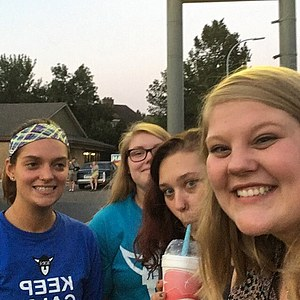 Back with my best friends just being silly and having some local Whippy Dip (Julie Goulette, Jill Harstad, Branna Elenz, Emily Crowe)