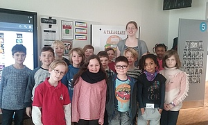 Annika with students from the Copenhagen International School.