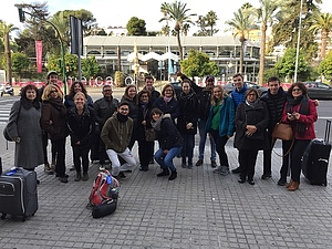 Luther students with host families in Córdoba, Spain
