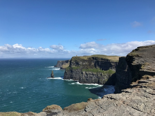"Cliffs of Moher<a href=""/reason/images/811002_orig.jpg"" title=""High res"">∝</a>"