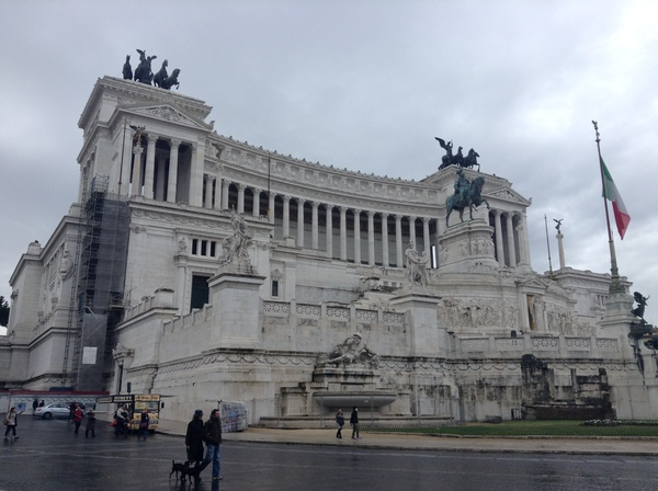 "The Monument to Victor Emmanuel II<a href=""/reason/images/600055_orig.jpg"" title=""High res"">∝</a>"