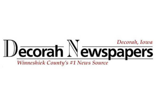Decorah Newspapaers logo.