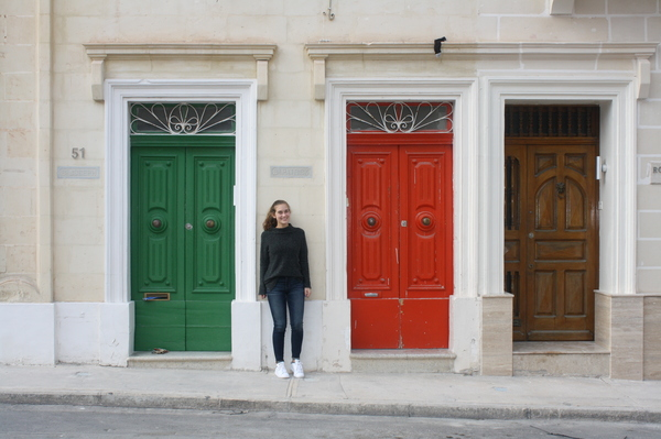 "Erin Halverson in front of a neighborhood doorway in Malta<a href=""/reason/images/802080_orig.jpg"" title=""High res"">∝</a>"