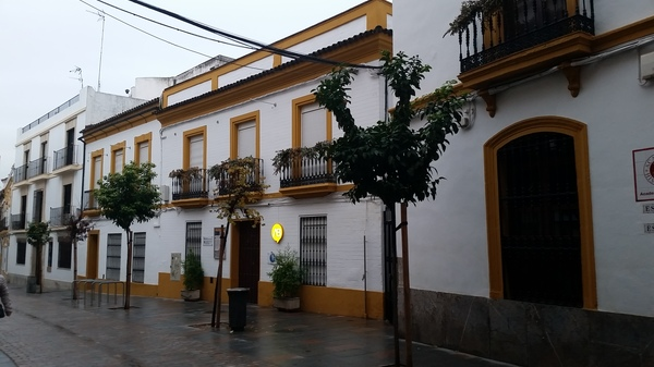 "Above is the Academia Hispanica of Córdoba where we will begin classes on Monday!<a href=""/reason/images/798107_orig.jpg"" title=""High res"">∝</a>"