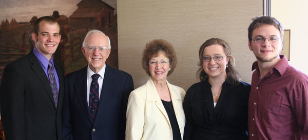Robert '51 and Lucille Rosholt with scholarship students at the Annual Legacy Scholar Dinner in 2010.