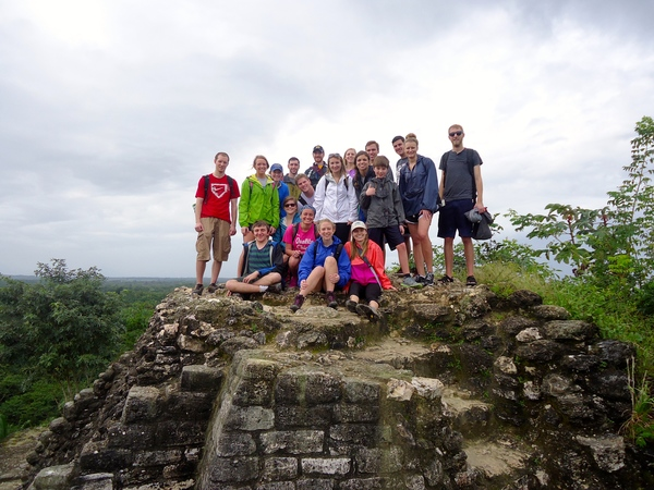 "Students on the top of the high temple.<a href=""/reason/images/597122_orig.jpg"" title=""High res"">∝</a>"