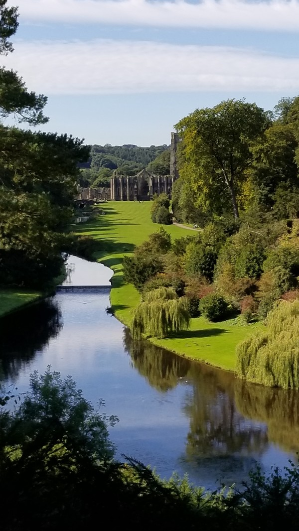 "A view from the Anne Boleyn seat at Fountains Abbey that gives you a great view of the Abbey<a href=""/reason/images/780122_orig.jpg"" title=""High res"">∝</a>"