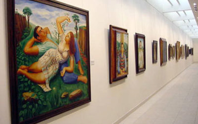This is the art museum that we visited called Museo de Bellas Artes.