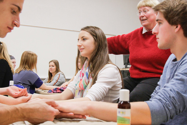 Students explore alternative medicine during J-term.
