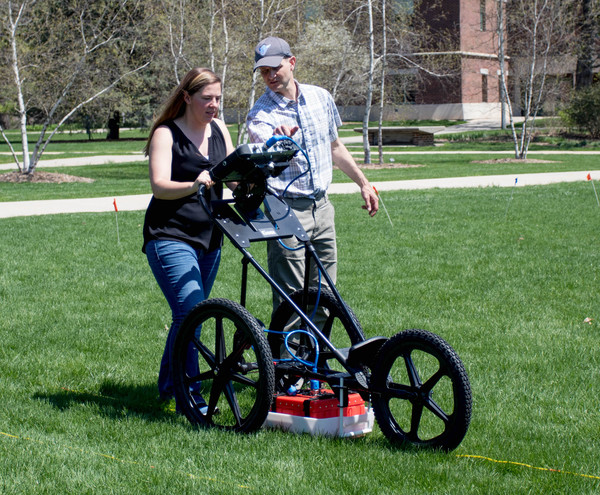 Using the SIR 4000 GPR unit in Anthropology 104