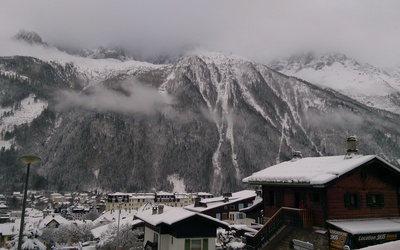 A spectacular view of the mountains across the valley from the ski lift at Chamonix