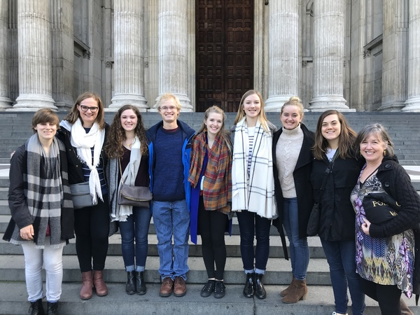 "Nottingham group poses for a picture outside St. Paul's Cathedral.<a href=""/reason/images/782230_orig.jpg"" title=""High res"">∝</a>"