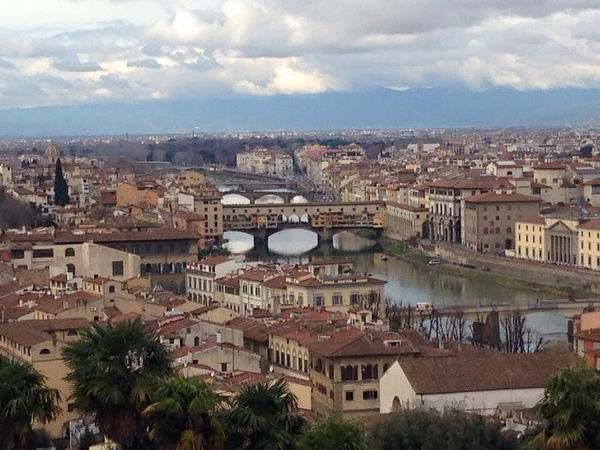 "A distant view of the famous Ponte Vecchio.<a href=""/reason/images/602242_orig.jpg"" title=""High res"">∝</a>"