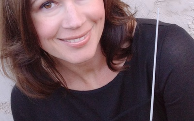 Jennaya Robison, director of Cathedral Choir and Aurora