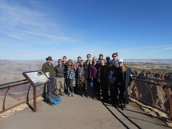 "Grand Canyon lookout<a href=""/reason/images/521249_orig.jpg"" title=""High res"">&prop;</a>"