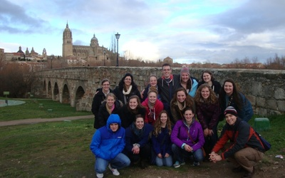 Our group in front of El Puente Romano.