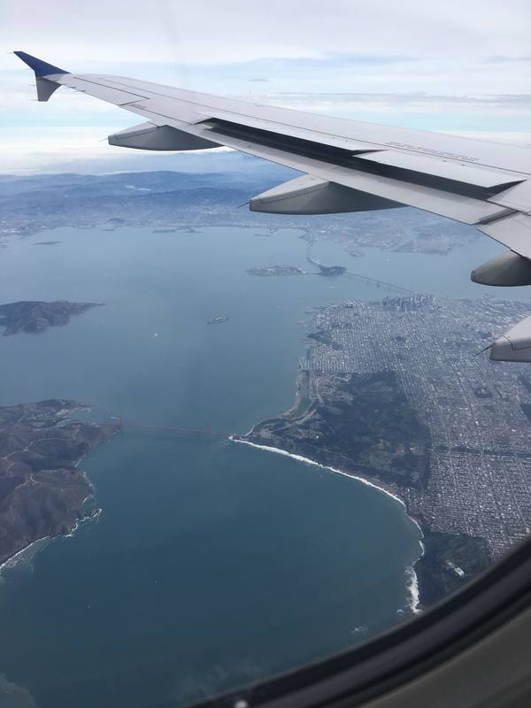 "View of San Francisco from the airplane<a href=""/reason/images/798319_orig.jpg"" title=""High res"">∝</a>"