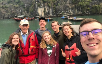 Lenny and co. in Ha Long Bay