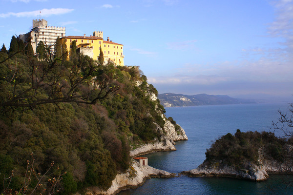 Duino Castle, the site of weekly Saturday morning recitals for IMFA participants. IMFA Headquarters are at the United World College of the Adriatic, situated just behind the castle.