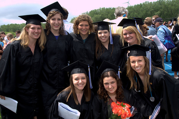 "Luther announces 2012 graduates<a href=""/reason/images/401355_orig.jpg"" title=""High res"">∝</a>"