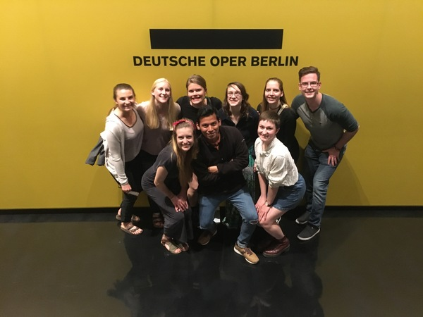 "The group at the Berlin Opera! What an experience for all of us!<a href=""/reason/images/812372_orig.jpg"" title=""High res"">∝</a>"