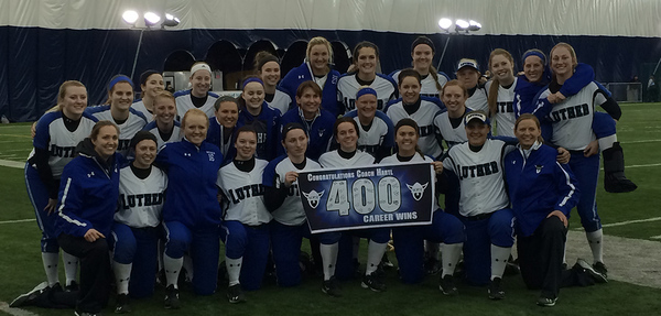 Norse Celebrate Coach Hartl's 400th Career Victory