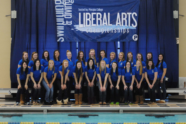 Luther Women's Swimming & Diving Team