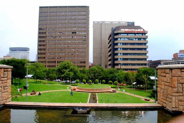 "A view of a peaceful park in downtown Johannesburg.<a href=""/reason/images/520383_orig.jpg"" title=""High res"">&prop;</a>"