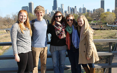 Tyler Broadwell spending time in Chicago with fellow classmates.
