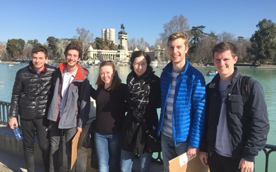 The class exploring el Parque Buen Retiro on the first full day in Madrid, Spain.