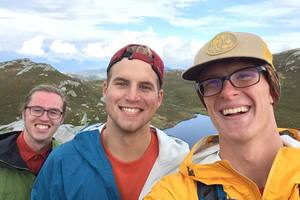 Luther students stop for a selfie while hiking in Norway.