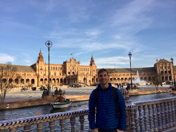 "Enjoying the Plaza de España before we had to leave Sevilla.<a href=""/reason/images/799446_orig.jpg"" title=""High res"">∝</a>"