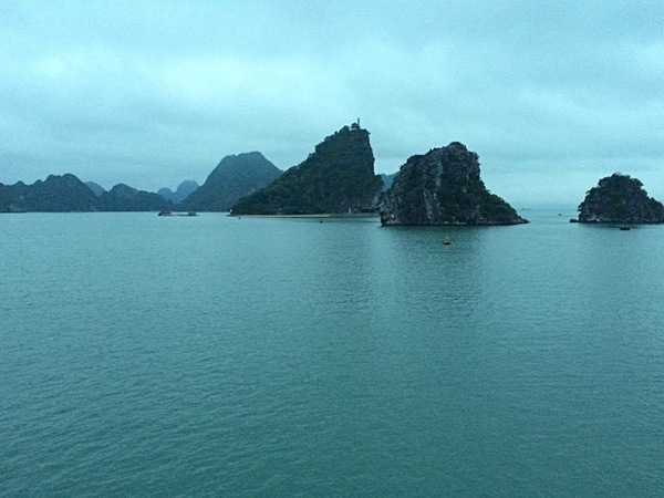 "A view of Ha Long Bay from our cruise ship<a href=""/reason/images/672505_orig.jpg"" title=""High res"">∝</a>"