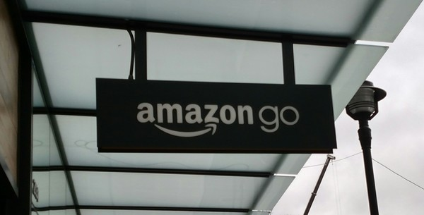 "Amazon Go Store Sign<a href=""/reason/images/797519_orig.jpg"" title=""High res"">∝</a>"