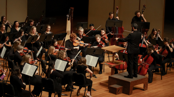 "Philharmonia Concert<a href=""/reason/images/784569_orig.jpg"" title=""High res"">∝</a>"