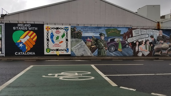 "One of the Peace Walls of Belfast<a href=""/reason/images/809571_orig.jpg"" title=""High res"">∝</a>"