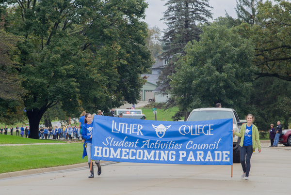 "Homecoming<a href=""/reason/images/836604_orig.jpg"" title=""High res"">∝</a>"