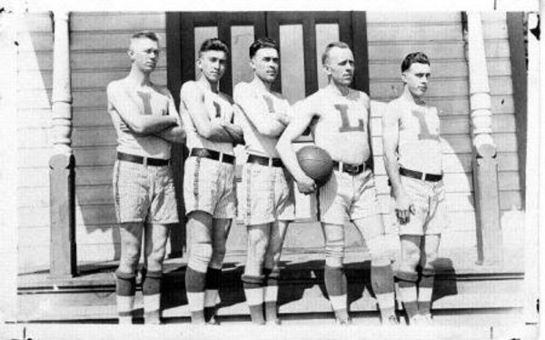 Luther College organized its first basketball team in 1903. The 1916-17 team went undefeated beating 6 college teams and 3 independent teams. The players included: guard Alvin Broustad, center Alvin J. Natvig, guard Arthur S. Natvig, forward captain Elmer Streeler, and forward Orlando W. (Pip) Qualley.